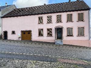 EXCLUSIF A proximite de ROHRBACH-LES-BITCHE. Grande maison…