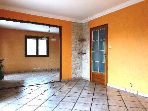 Maison de 140 m2 + Dependance de 80 m2 au sol sur 2 niveaux…
