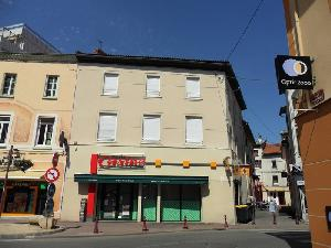 Péage de Roussillon, appartement type 4 en centre ville…