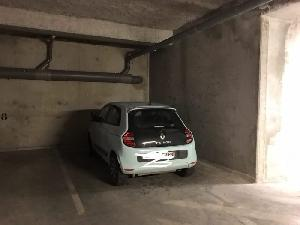 Cave parking à vendre