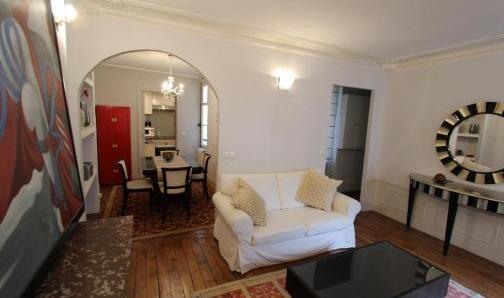 A louer Appartement 3 pièces 68 m², Rue de Buci à Paris…