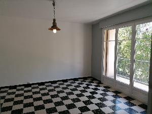 Appartement calme et lumineux de type 2 de 54 m² situé à…