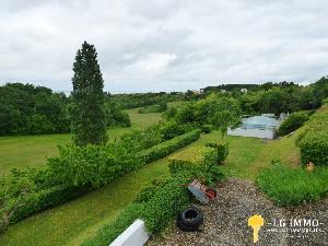 Belle maison de 139 m2 avec piscine et un beau terrain de…