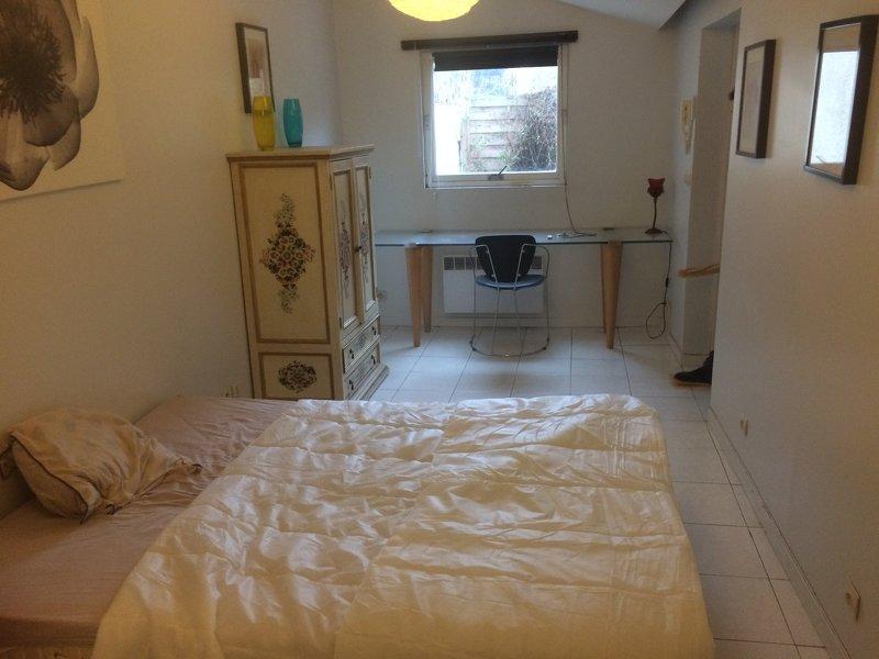 Je loue une chambre dans un appartement de 72 m²…