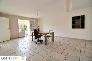 L'agence Logisvert vous propose en EXCLUSIVITÉ une maison…