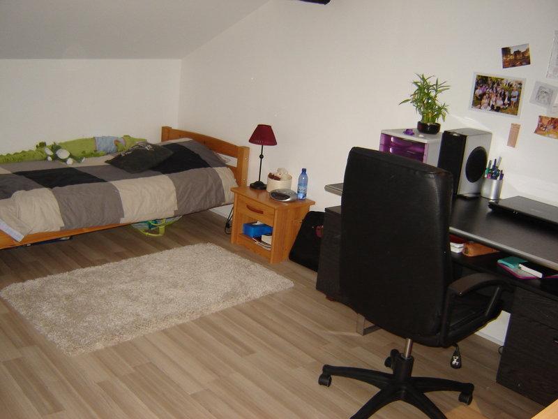 Studio meuble de 27 m² , situé Rue Louis Thuillier, au…