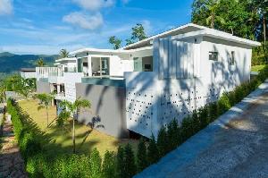 Villa Lasko 1 à la vente ! Villa située dans les…